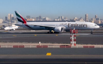 emirates vaccinated crew